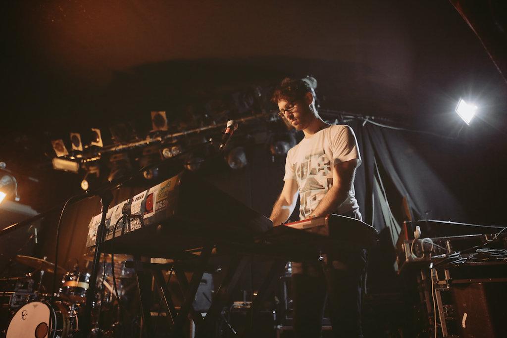 CymbalsEatGuitars-Garage-London-120115-SaraAmroussiGilissen-4.jpg